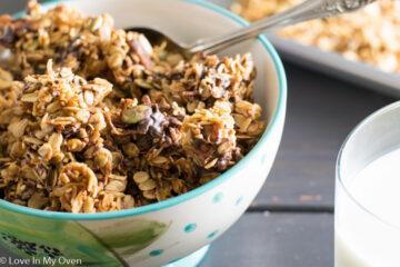 coco-chocolate pecan granola