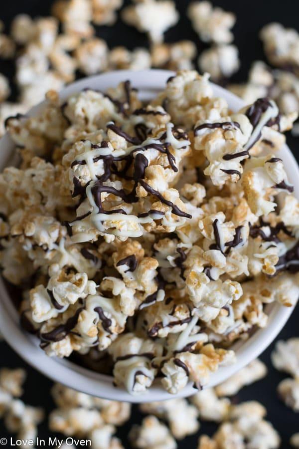 domino popcorn