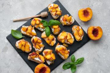 peach crostini